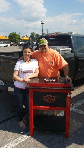 Cherie Barker & country singer Daryle Singletary on delivery day